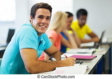 portrait, université, mâle jeune, étudiant