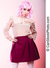 woman with pink wig creative visage - Portrait woman with ...