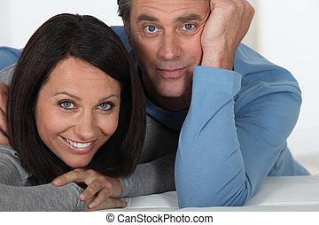 portrait, yeux écarquillés, couple