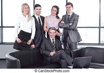 portret, biznesmen, handlowe biuro, drużyna