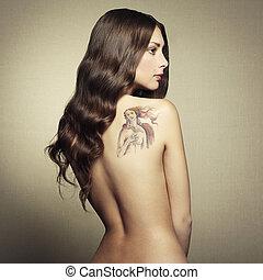 portret, nagi, młoda kobieta, z, capstrzyk