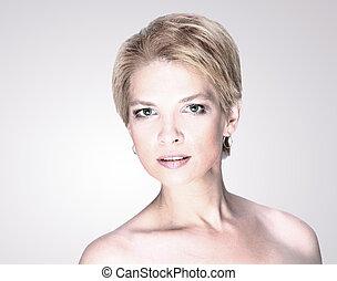 portret, od, fason, piękno, kobieta, z, biały, krótki włos