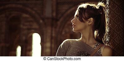 portret, od, niejaki, młody, brunetka