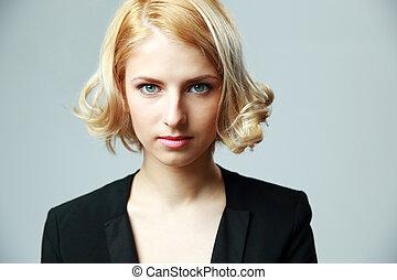 portret, od, niejaki, młody, pociągający, kobieta, na, szare tło