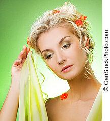 portret, od, niejaki, smutny, piękna kobieta, z, kwiaty, w, jej, hair., wiosna, pojęcie
