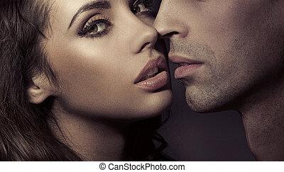 portret, para, kochający, do góry szczelnie
