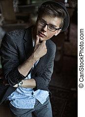portret, przystojny, młody mężczyzna