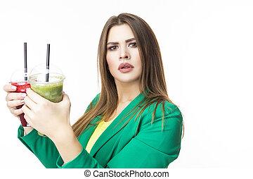 posar, smoothie., white., facial, chaqueta, unpleased, expression., verde, sano, rojo, eating., detox, mujer, alimento, ambos, vegetal, pensamiento, encima, choosy