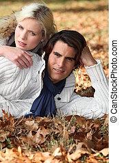 pose, couple, congés tombés