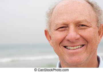 poser, appareil photo, vieil homme, heureux