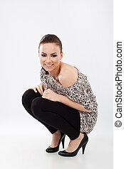posição, mulher sorridente, squat