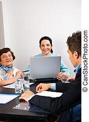 posiadanie, spotkanie, biuro, handlowy zaludniają
