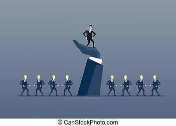 posición empresario, arriba, en, mano grande, líder, con, empresarios, grupo, jefe, liderazgo, concepto