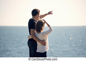 posición, pareja, playa, joven