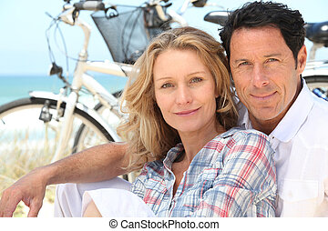 posiedzenie, para, ich, rowery, plaża, szczęśliwy