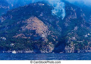 positano., ogień, miasto, coast., amalfi, lato, 2017, włochy, góry