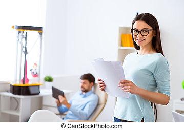 positief, vrouwenholding, papieren