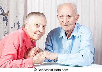 positiv, elderly kopplar ihop, lycklig