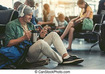 positivo, cute, sujeito, é, compartilhar, notícia, usando, smartphone