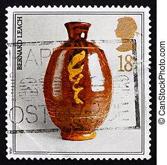 Postage stamp GB 1987 Studio pottery by Bernard Leach -...