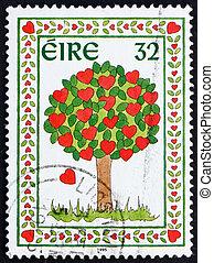 Postage stamp Ireland 1995 Tree of Hearts - IRELAND - CIRCA...