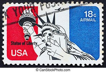 Postage stamp USA 1974 Statue of Liberty