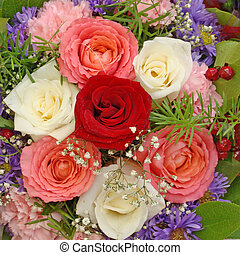 posy with 7 roses