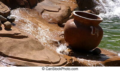 pot, chute eau, ruisseau