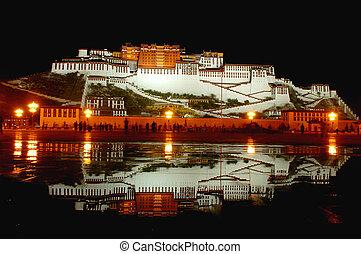 Potala Palace in Lhasa Tibet - Night scenes of Potala Palace...