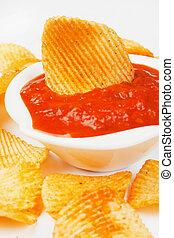 Potato chips and salsa dip