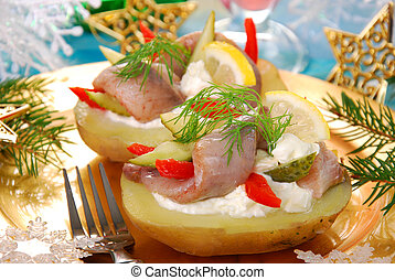 potato with herrings and sour cream