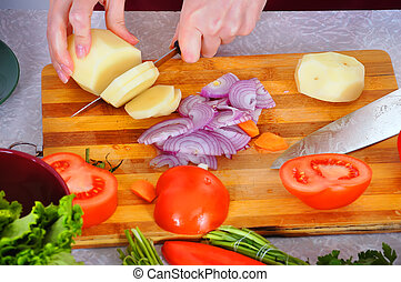 potatoe, taglio, mani