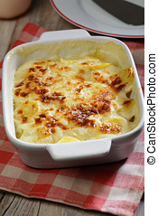 Potatoes a la dauphinoise