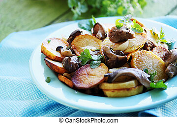 potatoes with mushrooms