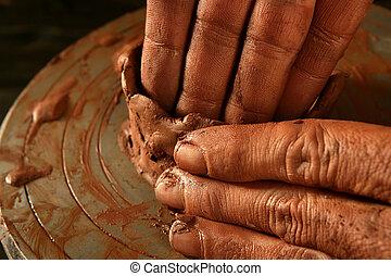 poterie, craftmanship, travail, argile, mains