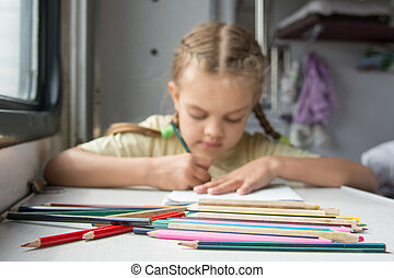 potloden, oud, voorgrond, zes, wagen, trein, achtergrond, jaar, meisje, second-class, tekening