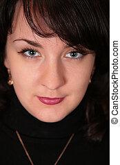 potrait of woman brunette