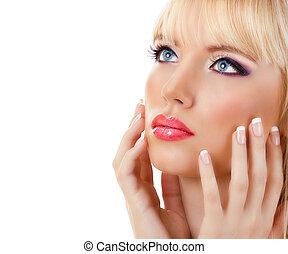 pourpre, blond, femme, manucure, maquillage