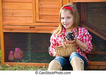 Poussins,  hencoop, jouer, éleveur, blonds, paysan, propriétaire ranch, poulet, Poules,  girl, gosse