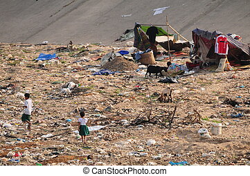 Poverty on Burma border