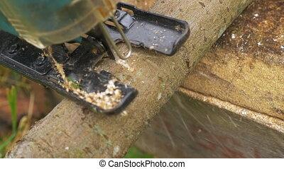 Power Jigsaw Cutting Wood