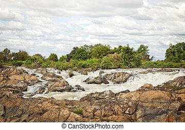 Power of nature : Li Phi Waterfalls