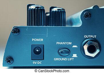 Power Phantom Output