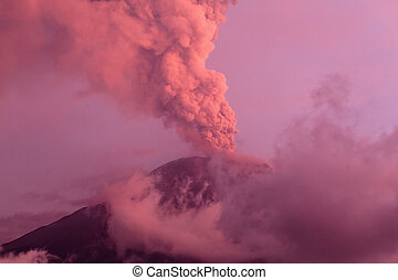 Powerful Eruption Of Tungurahua Volcano