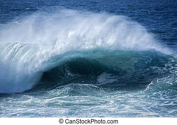 ocean waves breaking - powerful ocean waves breaking,...