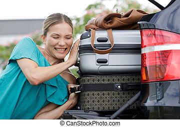 poza, kobieta, ciągnący, pień, walizka