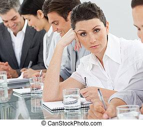 présentation, percé, femme affaires
