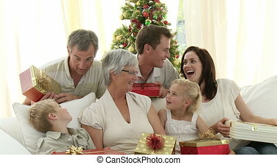 présente, maison, tenue, noël famille