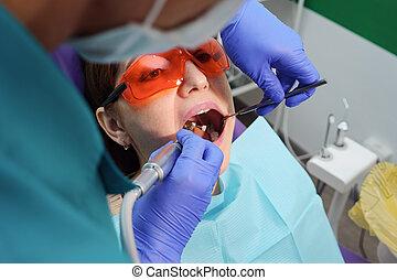 préventif, dentaire, jeune, examen, dentist., chaise, girl