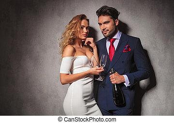 prêt, élégant, couple, champagne, fête